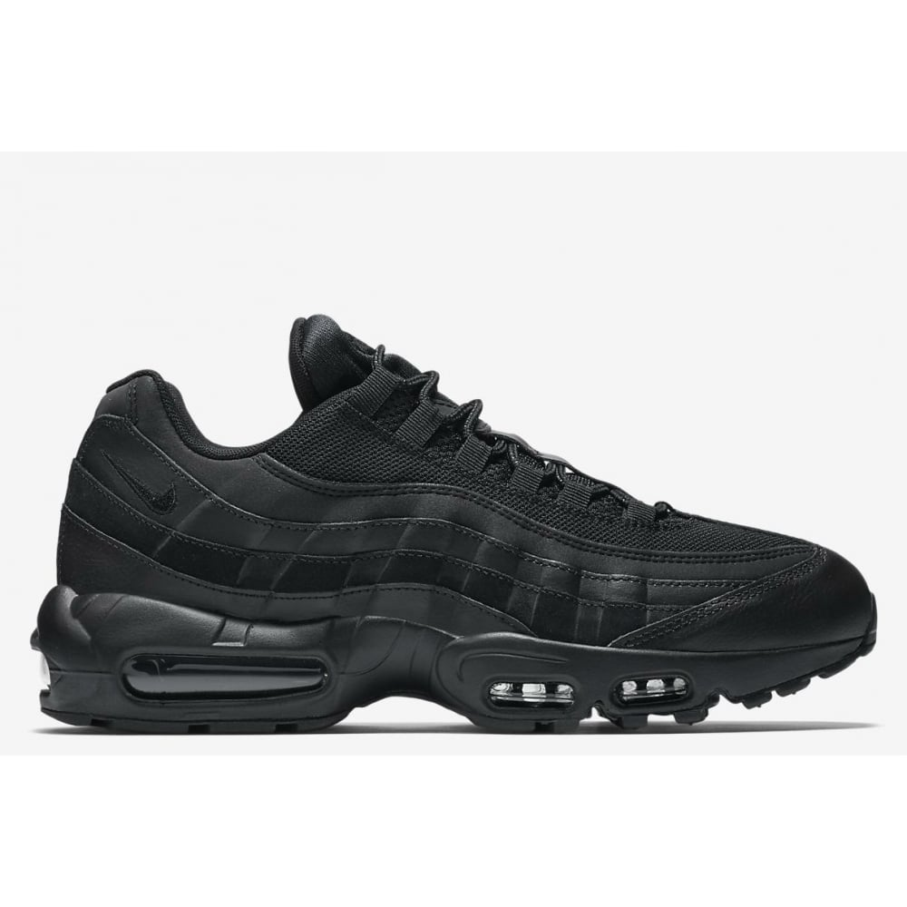 san francisco 9cf89 d01e8 Nike Air Max 95 Essential Triple Black