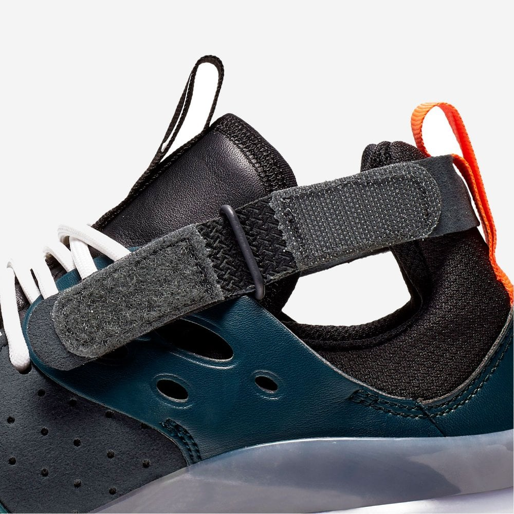 Nike baby swim shoes in B64 Sandwell