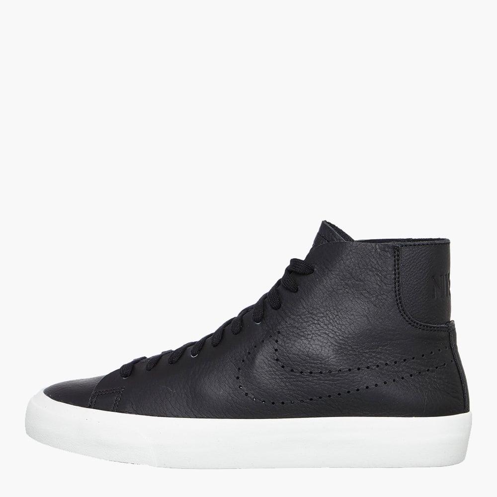 quality design 95999 2a7e7 Nike Blazer Studio Mid