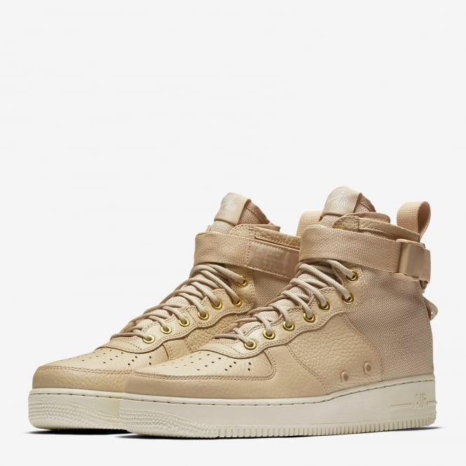 new product 2a717 6ee90 Nike SF Air Force 1 Mid