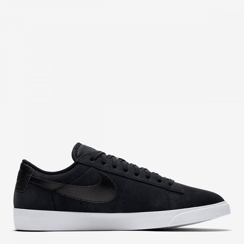 sports shoes d458d 6cad2 Womens Blazer Low LX